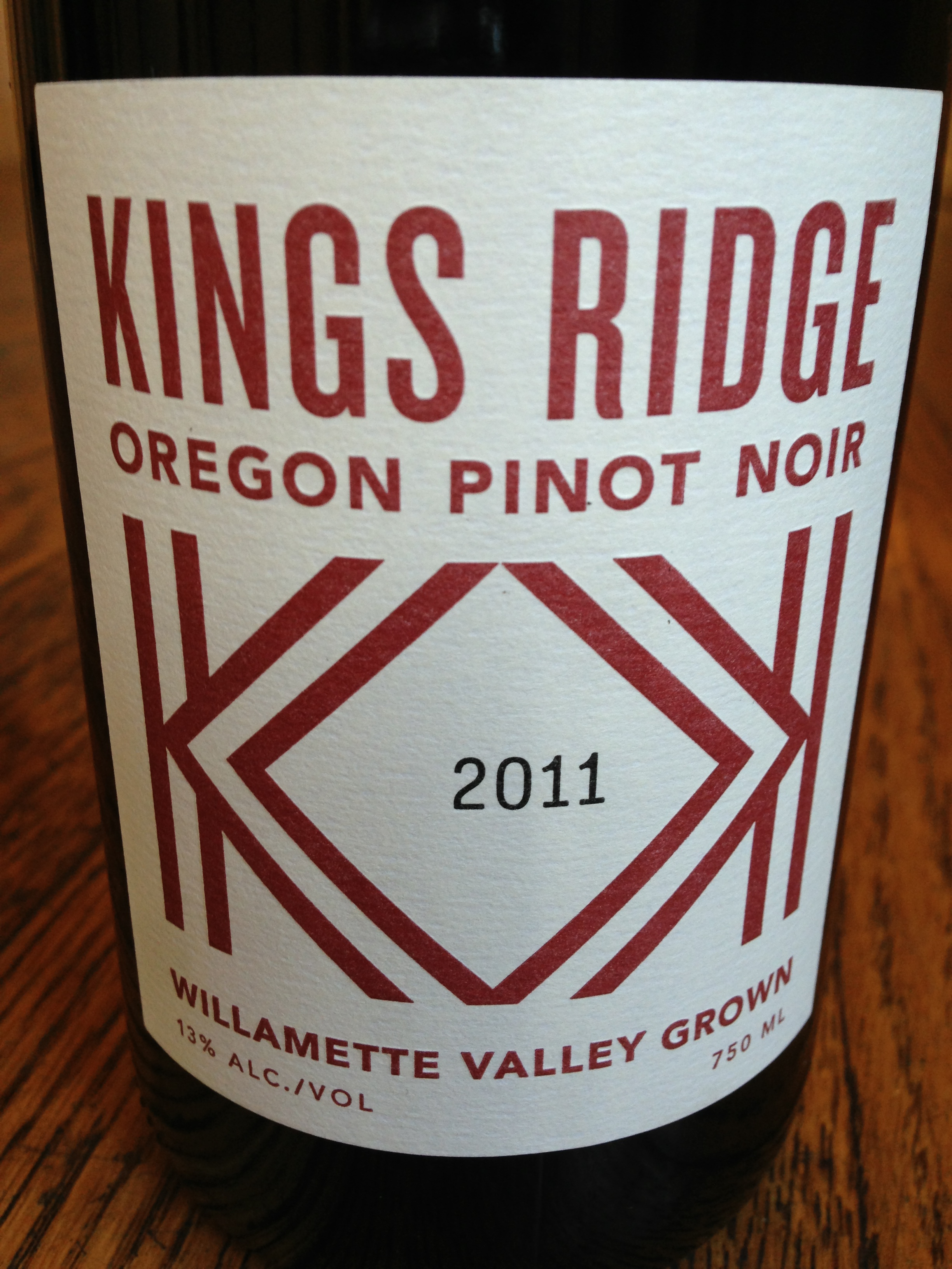 Kings Ridge Oregon Pinot Noir Willamette Valley 2011